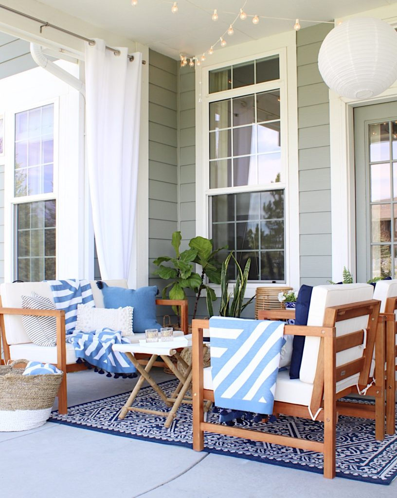 Easy summer home decorating ideas for the patio - jane at home #porch #decor #patio #ideas #design #coastal