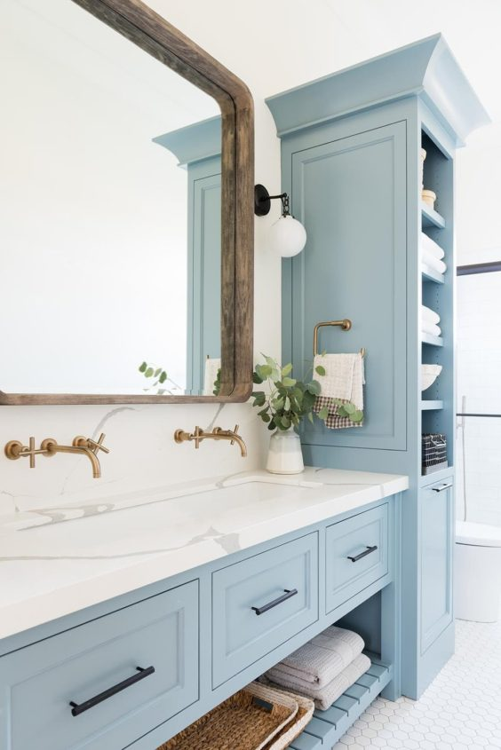Beautiful bathroom design with blue vanity cabinet color and patterned tile - California Traditional Project - Studiio McGee - bathroom ideas - bathroom decor - small bathroom ideas - bathroom remodel