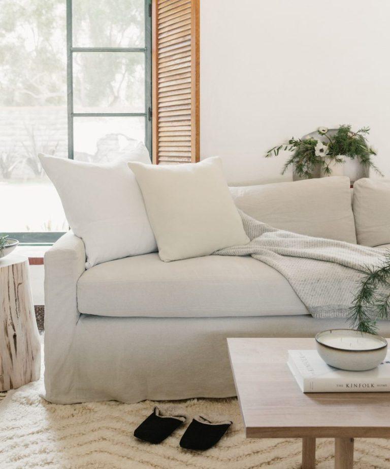 Home trends for 2021: easy care, comfortable slipcovered lviing room seating - Harbour sofa - jenni kayne | living room ideas | living room decor | modern living room | modern coastal living room